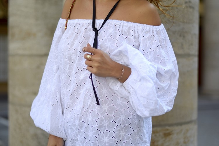 bluse off shoulder