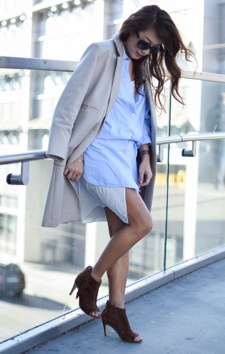blue-and-white layering