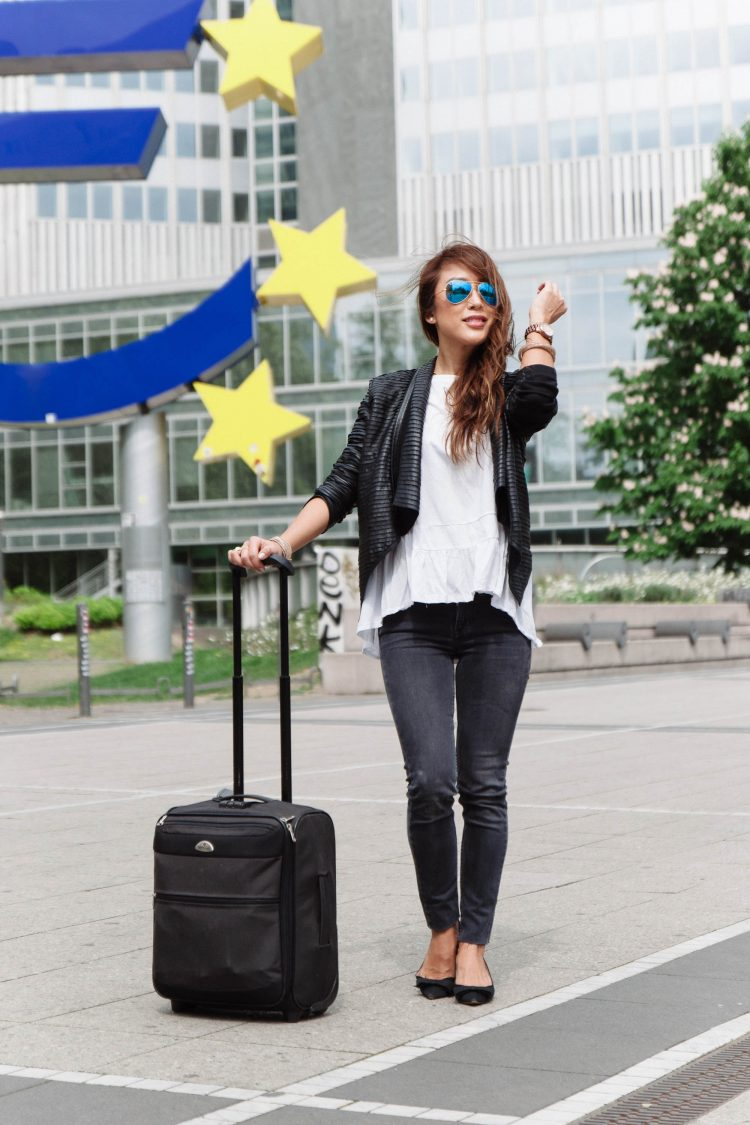 theclassycloud-travel-outfit-airport-look (7 von 12)