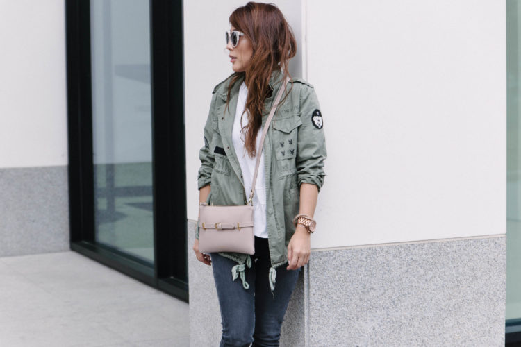 theclassycloud-travel-outfit-casual-look (1 von 6)
