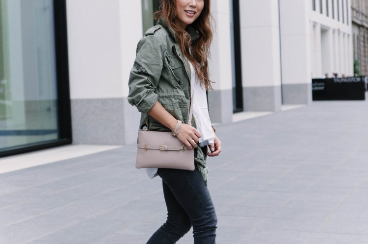 theclassycloud-travel-outfit-casual-look (3 von 6)