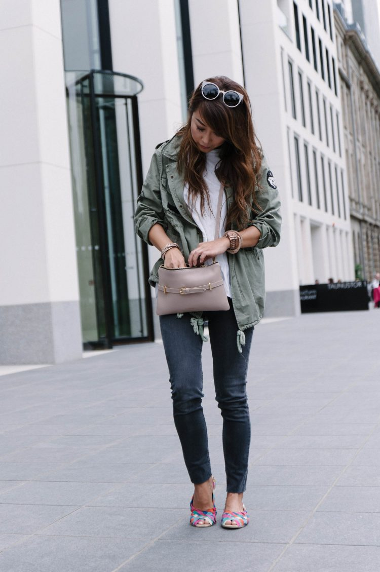 theclassycloud-travel-outfit-casual-look (4 von 9)