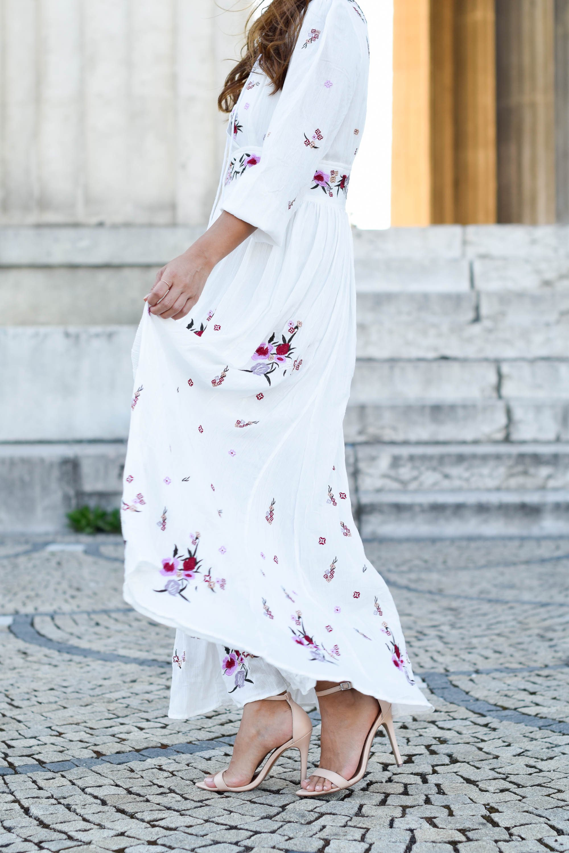 theclassycloud-chicwish-floral-maxi-dress-nude heels (4 von 7)