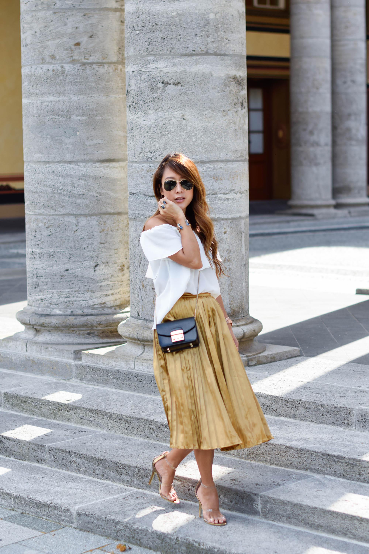 theclassycloud-gold-pleated-skirt-offshoulder (14 von 18)