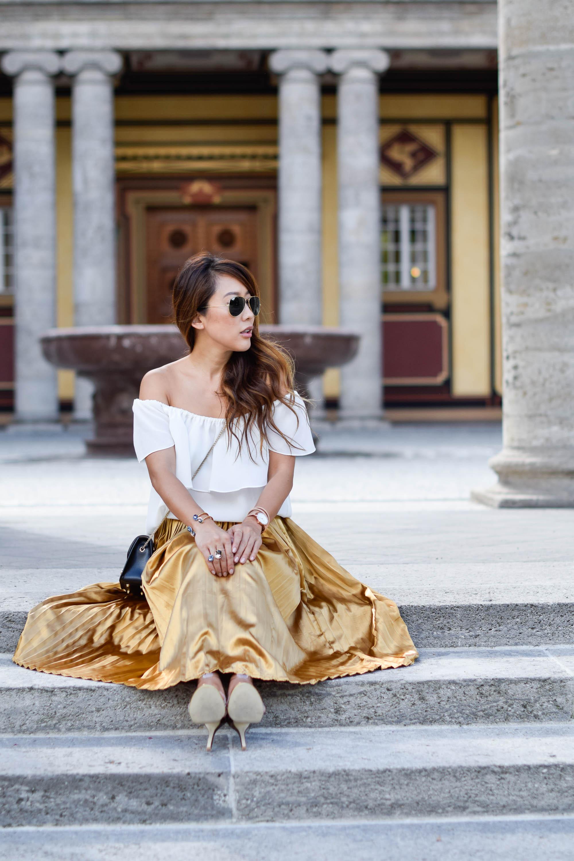 theclassycloud-gold-pleated-skirt-offshoulder (7 von 18)