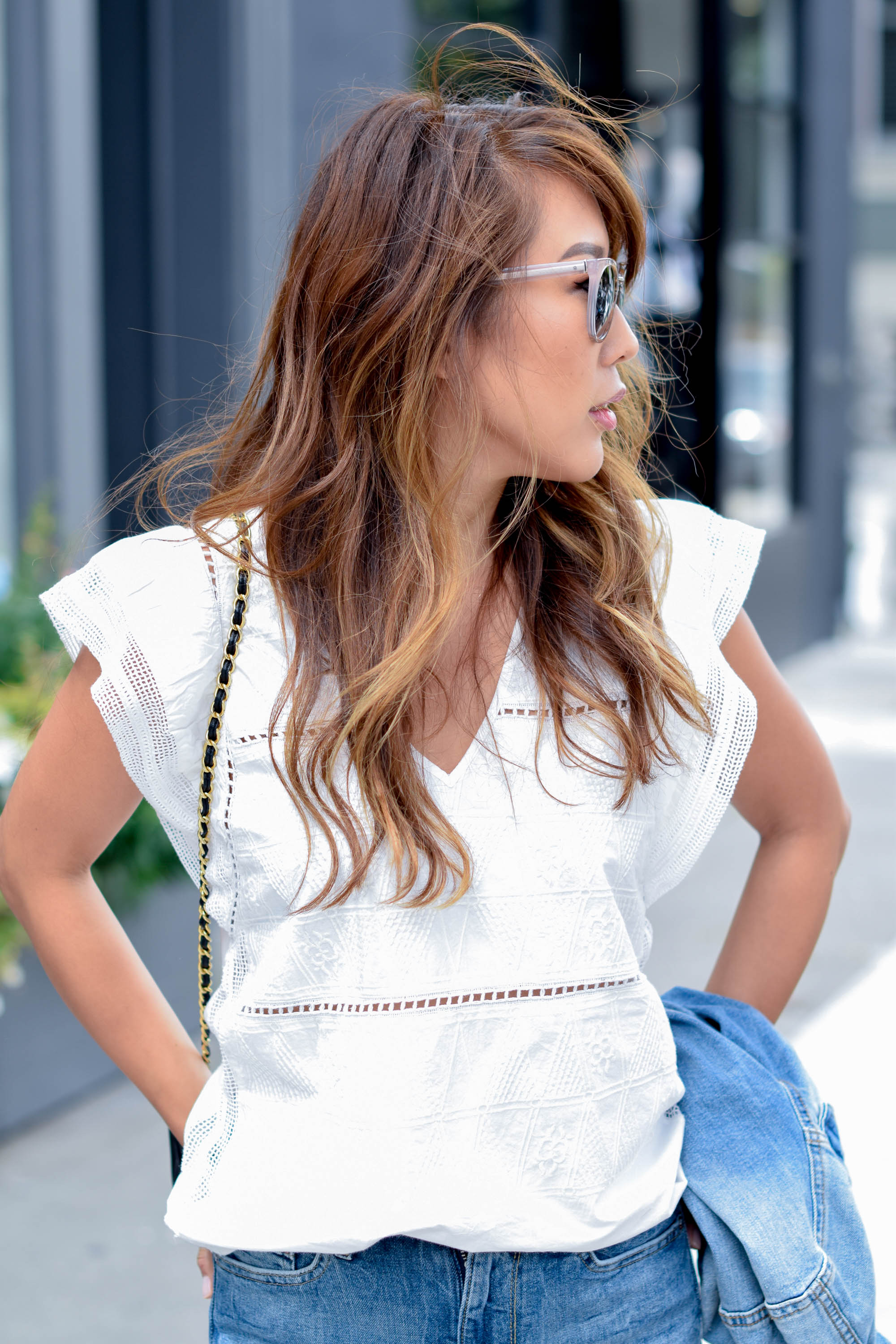 theclassycloud-white-blouse-flared-jeans-sanfrancisco (4 von 10)