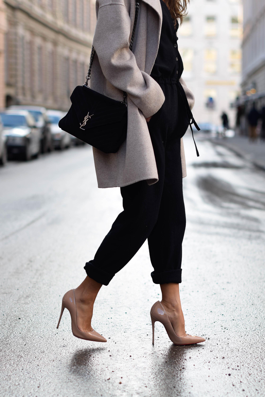 theclassycloud-beige-cashmere-coat-ysl-bag-louboutin-heels (6 von 8)