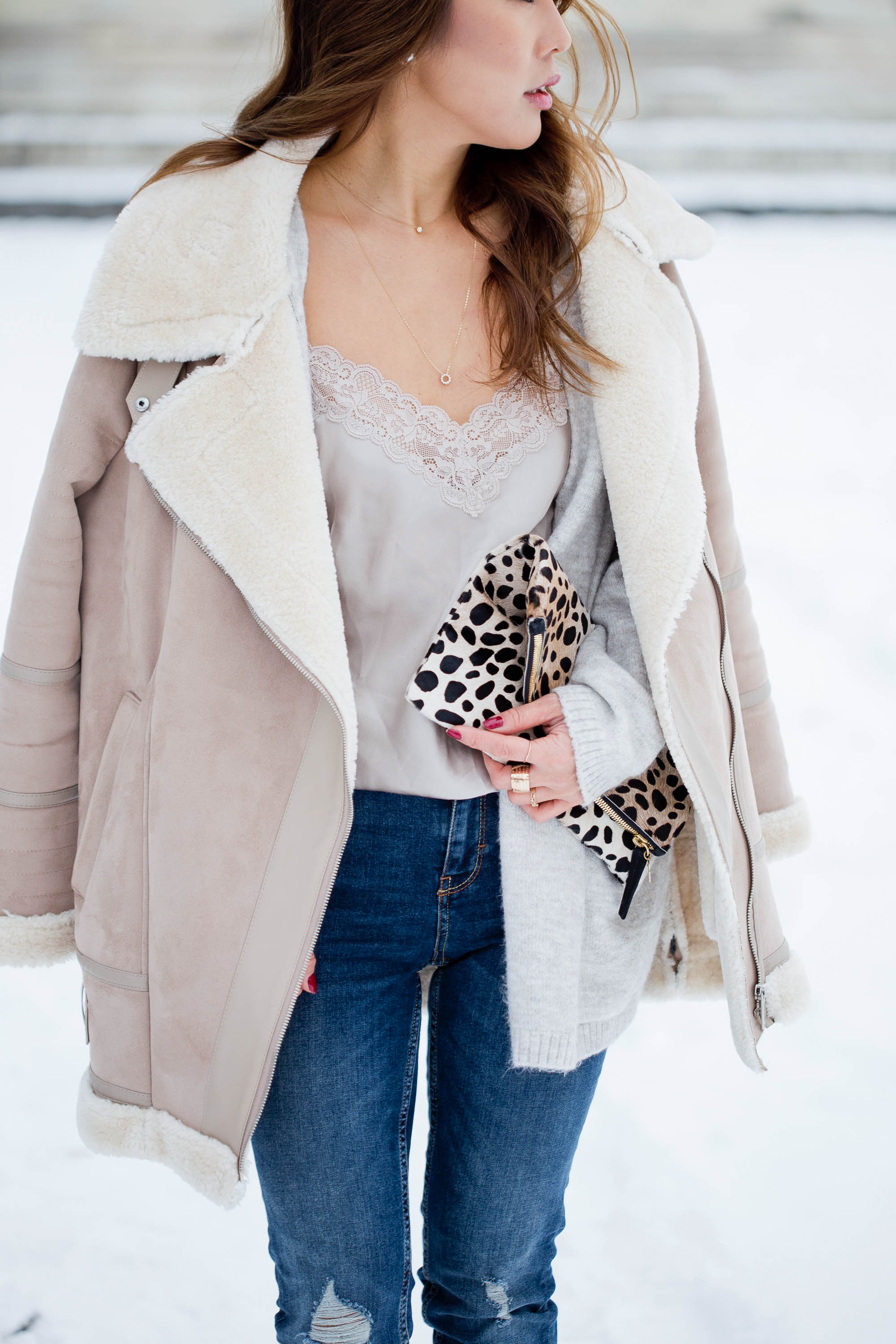 theclassycloud-shearling-jacket-camisole-winter-look (5 von 6)